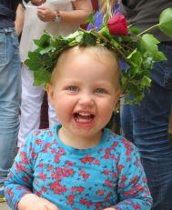 zomerfeest bloemenkrans neeltje